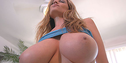34FF all natural big boobs swinger kelly madison tits