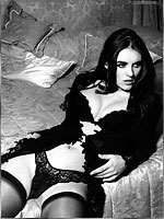 british star liz hurley lingerie and nude pics